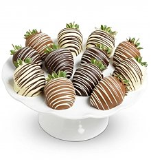 Chocolate & Sweet Baskets: Chocolate Covered Strawberries